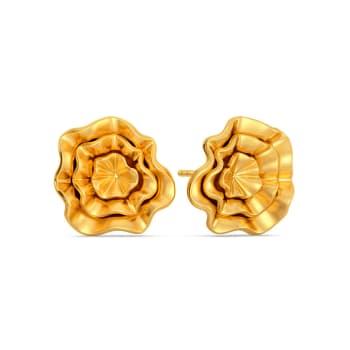 Curvy Cascades Gold Earrings