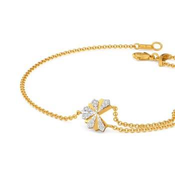 Hearts on Pleats Diamond Bracelets