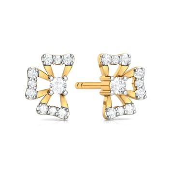Quasi Floral Diamond Earrings
