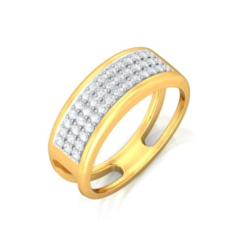 En Vogue Diamond Rings