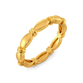 Curvy Accents Gold Rings