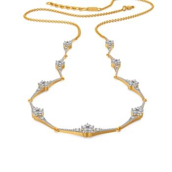 Spur of Fleur Diamond Necklaces