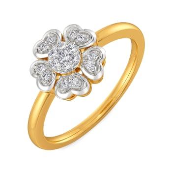 Vogue of Heart Diamond Rings