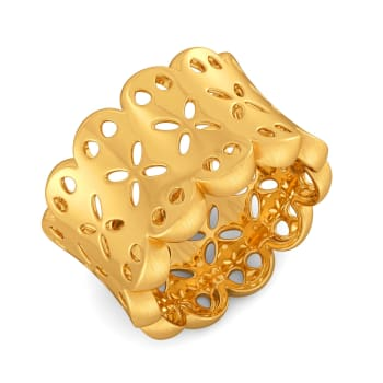 Dame of Fame Gold Rings