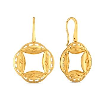 Doll O Fame Gold Earrings