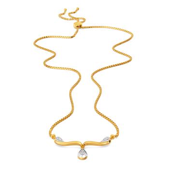 Twirl for Suave Diamond Necklaces