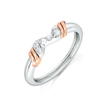 Curly Ribbon Diamond Rings