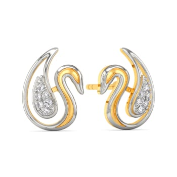 White Might Diamond Earrings