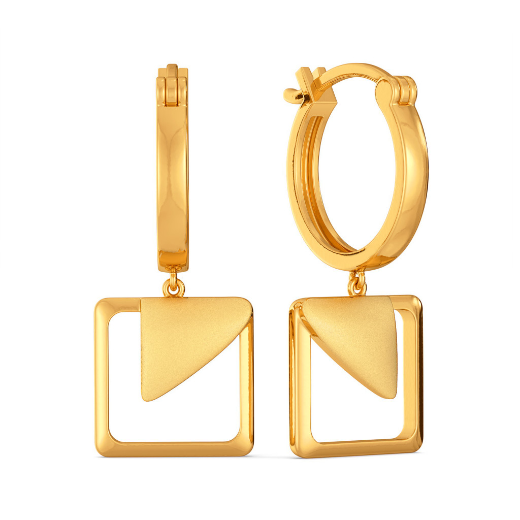 Minimal Mode Gold Earrings