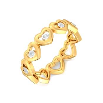 Grand Gestures Diamond Rings