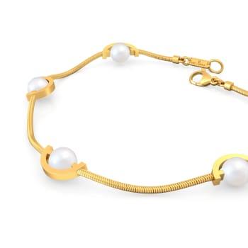In a Curve Gemstone Bracelets