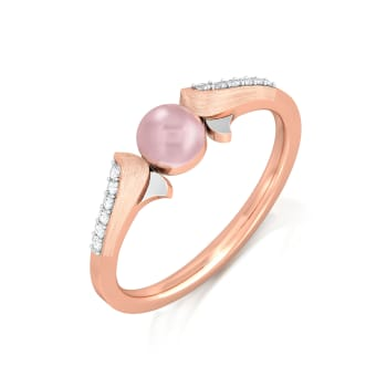 Pearly pink Diamond Rings