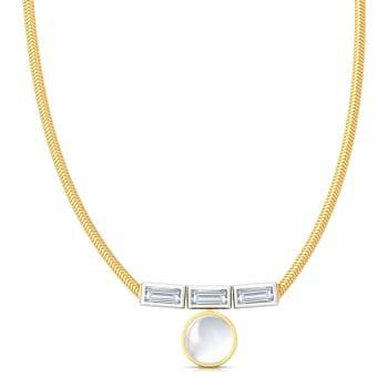 Chic White Diamond Necklaces