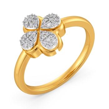 Flower Flair Diamond Rings