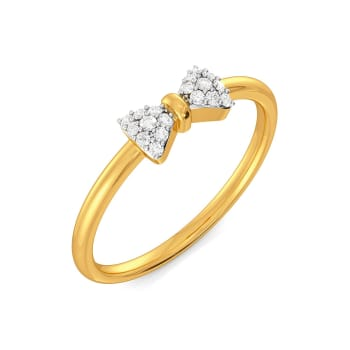 Sole Bow Diamond Rings