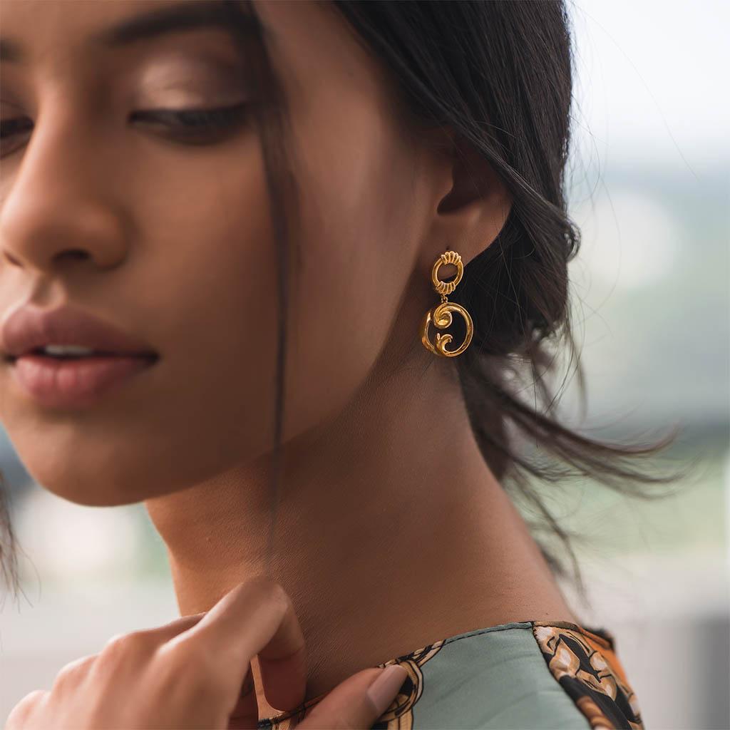 Swirl Curl Gold Earrings